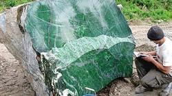 Phát hiện khối ngọc bích nặng 50 tấn ở Đông Nam Á