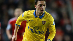 "Mourinho muốn ""cướp"" Ozil khỏi tay Arsenal"
