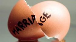 Chồng đẹp trai, chung thủy, nhà lầu, xe hơi, vợ vẫn đòi ly dị
