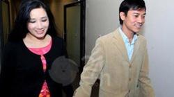 Con trai Chế Linh và Thanh Thanh Hiền công khai nắm tay tình tứ