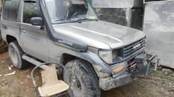 Nghi án tài xế cán xe lần 2 khiến nữ sinh trọng thương giữa Hà Nội
