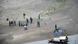 Phát hiện thi thể thanh niên nổi trên sông Hồng