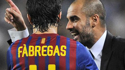 Bayern Munich tính đổi Kroos lấy Fabregas