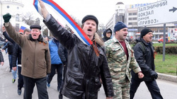 Tuần hành lớn ở Crimea ủng hộ việc sáp nhập vào Nga