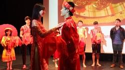 Giới trẻ Việt quảng bá văn hóa Việt trên đất Anh