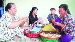 Tín dụng nhỏ  đến với phụ nữ nghèo