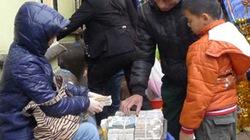 Tổ chức lễ hội  đầu năm 2014: Bó tay với nạn đổi tiền lẻ