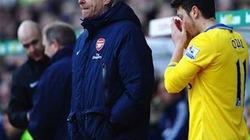 Chấn thương hoành hành, Wenger sợ mất Tốp 4