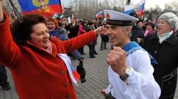 """Crimea về Nga và """"cái giá"""" phải trả"""