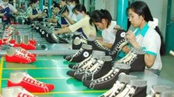 Doanh nghiệp dệt may, da giày: Không cạnh tranh bằng bóc lột sức lao động