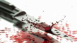 Người đàn ông gục chết trong nhà với 2 vết dao thấu bụng