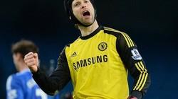 Petr Cech đi vào lịch sử Champions League