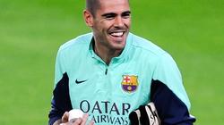 Victor Valdes bất ngờ gia nhập Man City