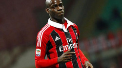 Balotelli rời Milan nhưng không tái hợp với Mourinho?