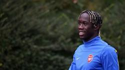 Arsenal sẵn sàng phá lệ vì Bacary Sagna