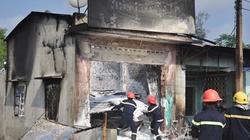 Quảng Nam: Cháy chợ trong đêm, 20 gian hàng ra tro