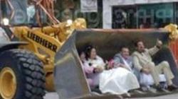 Những kiểu ảnh cưới kỳ quặc nhất quả đất