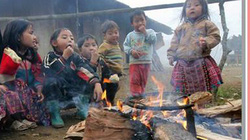 Báo NTNN và 365 ok.vn: Cùng nghệ sĩ đến với trẻ em vùng cao