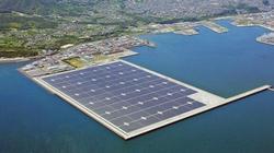 Nhà máy năng lượng Mặt Trời nổi lớn nhất thế giới