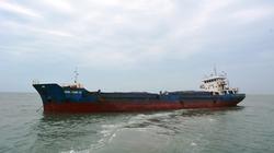 Quảng Trị: Cứu tàu chở 1.300 tấn tinh bột sắn mắc cạn ở Cửa Việt