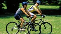 Đi xe đạp giúp trẻ lâu bất ngờ
