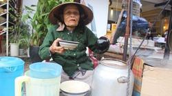 Cụ bà 40 năm cần mẫn bán nước chè nơi phố Hội