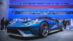 Lộ diện loạt siêu xe khủng tại triển lãm Detroit 2015