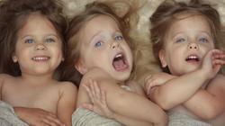 Bà mẹ tung bộ ảnh 6 con đẹp như thiên thần