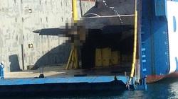 Tháo khung gia cố, chuẩn bị hạ thủy tàu ngầm Kilo Hải Phòng
