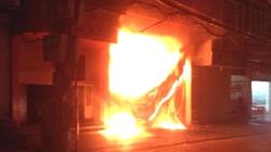 Hà Nội: Cháy dữ dội trên phố Đê La Thành trong đêm