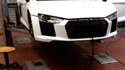 """Siêu xe Audi R8 bị """"chộp"""" tại nhà máy"""