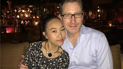 """Vợ chồng Đoan Trang trốn con đi """"trăng mật"""" ở Dubai"""
