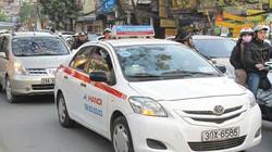 Cận Tết, taxi 'cháy' hàng