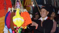 Rộn ràng chợ Xuân của người Mông và Dao ngày áp Tết