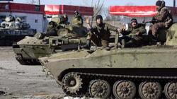 Ukraine: Hai bên tham chiến bất ngờ thỏa thuận rút vũ khí hạng nặng