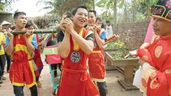 Lễ hội bắt lợn cầu may làm náo động cả vùng quê