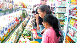 Niềm tin người tiêu dùng tăng mạnh