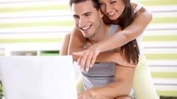 Đừng quá nồng nàn với chồng trên Facebook!
