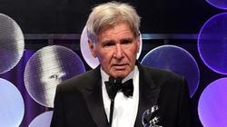 Trước ngày tưởng niệm MH370, Harrison Ford bị tai nạn máy bay