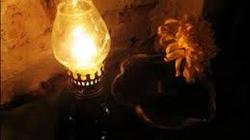 Kí ức ngọn đèn chong ngày xưa của má!
