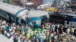 Ấn Độ: Tàu trật bánh, 30 người văng ra ngoài đường ray chết thảm