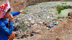 Xã nông thôn mới khổ vì… rác