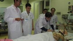 Vụ sập giàn giáo: Thêm 1 nạn nhân đang cấp cứu ở Huế