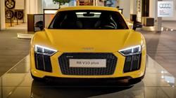 Audi R8 V10 Plus màu vàng nổi bần bật tại Đức