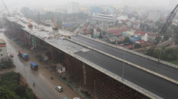 Cận cảnh cầu vượt thép 6 làn xe lớn nhất Thủ đô