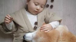 Bộ ảnh cho thấy chó là người bạn không thể thiếu của bé