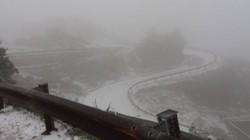Tuyết trắng tuyệt đẹp trên đỉnh Mẫu Sơn