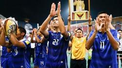 """Bóng đá Thái Lan """"nội chiến"""", nguy cơ bị FIFA phạt nặng"""