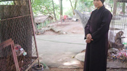 """Về chùa Nhẫm Dương thăm """"mẹ"""" của... Ngộ Không"""