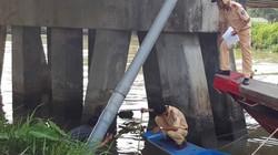 Tìm thấy thi thể bé gái 4 tuổi sau tai nạn lật thuyền
